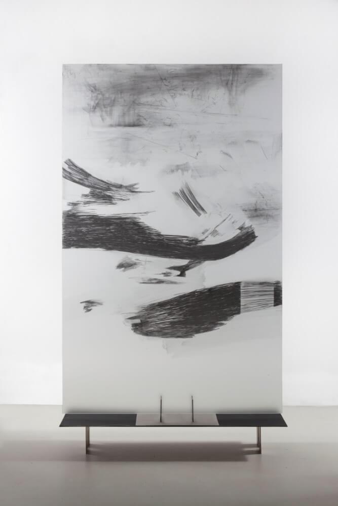 2, Bez nazvu, 145x90cm, grafit na skle, 2015